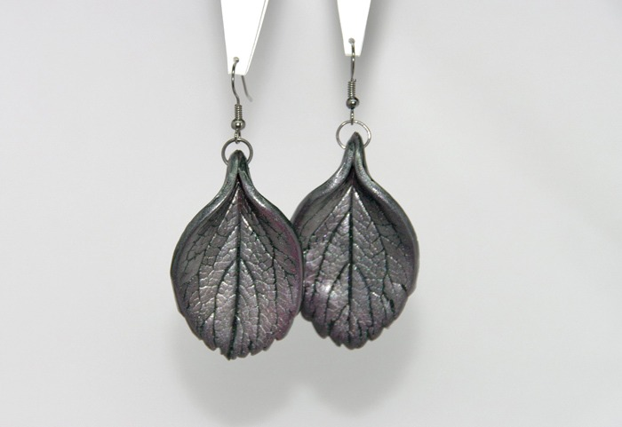 How to make metallic leaf jewelry diy polymer clay tutorial guest tutorial by fracmatic aloadofball Choice Image