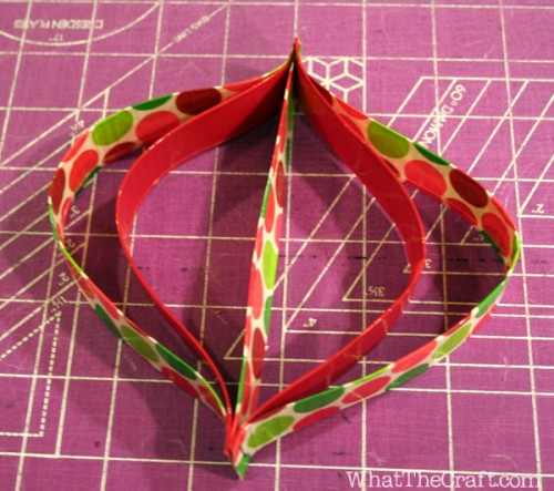 duct_tape_ornaments_09