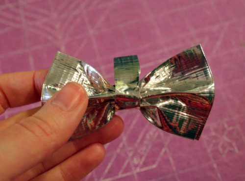 duct_tape_bow_11