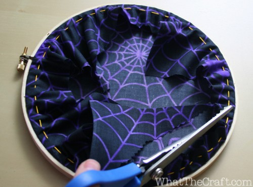 halloween_embroidery_hoop_art_13