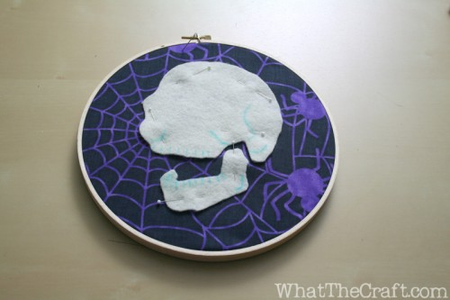halloween_embroidery_hoop_art_16