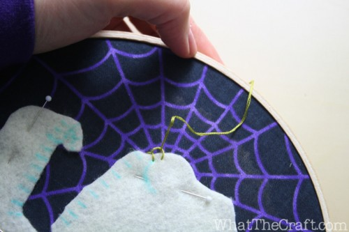 halloween_embroidery_hoop_art_22