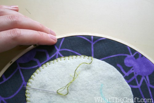 halloween_embroidery_hoop_art_24