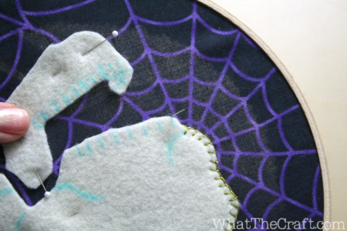 halloween_embroidery_hoop_art_27